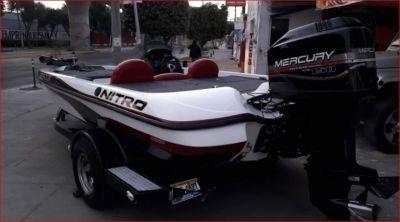 Lancha Nitro año 2001 en venta en Guadalajara, Jalisco